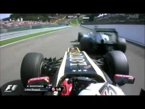 Exemplo de Mega Ultrapassagem. Kimi sobre Schumacher na descida para Eau Rouge