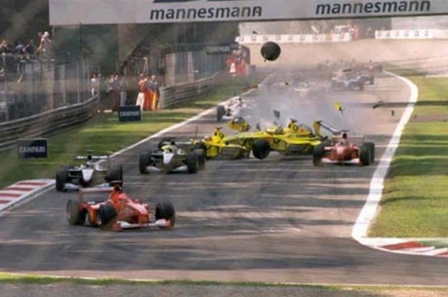 monza 2000 f1 crash schumacher marshal death