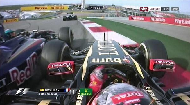 Grosjean Vergne Crash Bang