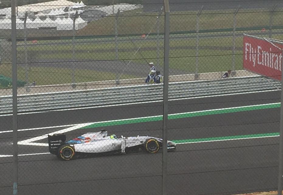Felipe Massa chegando para o grid após as voltas de instalação com sua Williams FW36-Mercedes