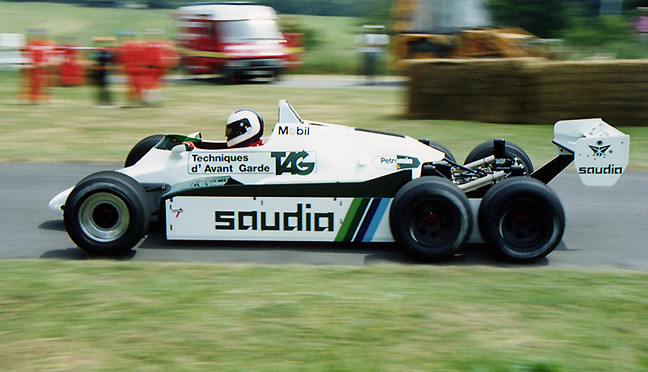 Jonathan_Palmer_Williams_FW08_6_wheeler