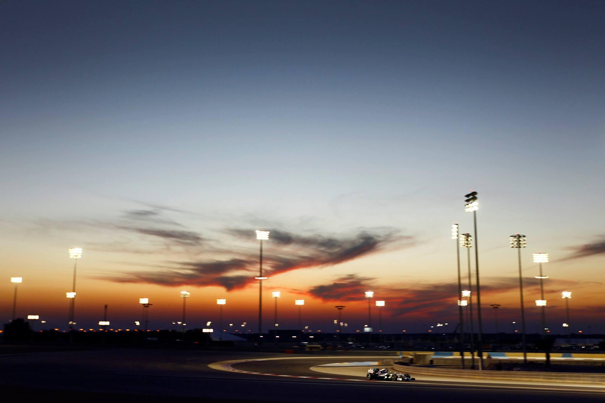 bahrain-2nd-test-day-4-hamilton-3