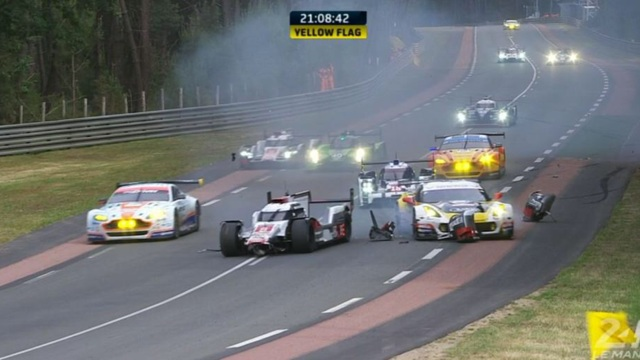 audi le mans crash
