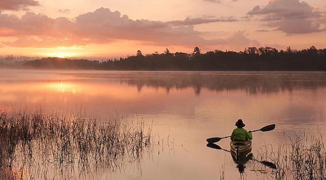 family_fishing_trip_in_northwest_ontario